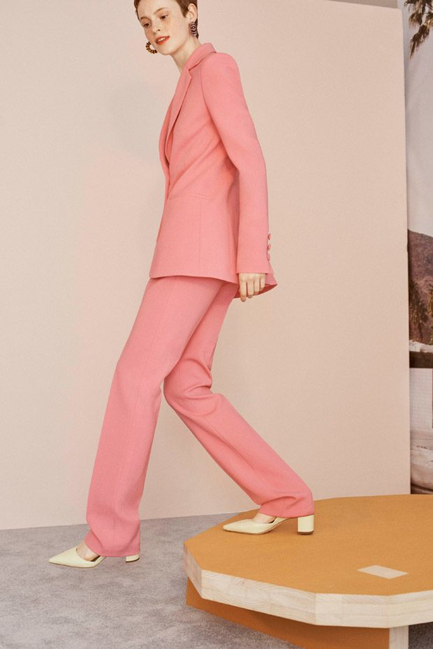 LOOKBOOK  CAROLINA HERRERA Resort 2019 Womenswear Collection 266b71b93100