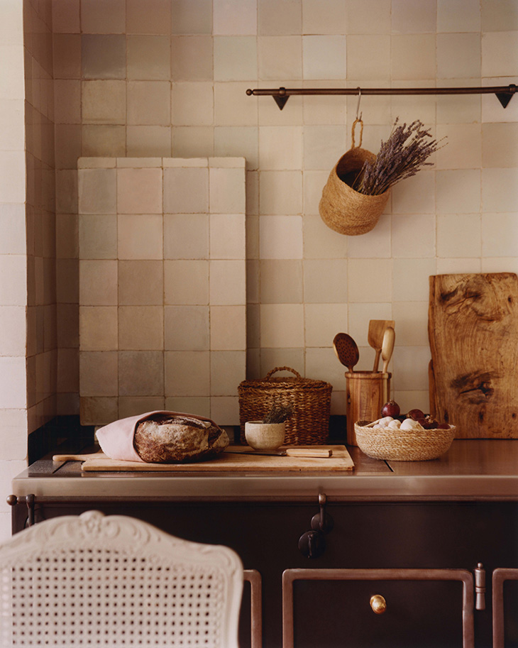 Here's How You Can Add a Touch of Vintage to Your Interior Design